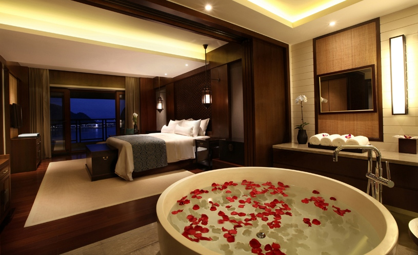 luxury-rooms-for-unmarried-couples