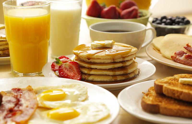 complimentary-breakfast-hotels