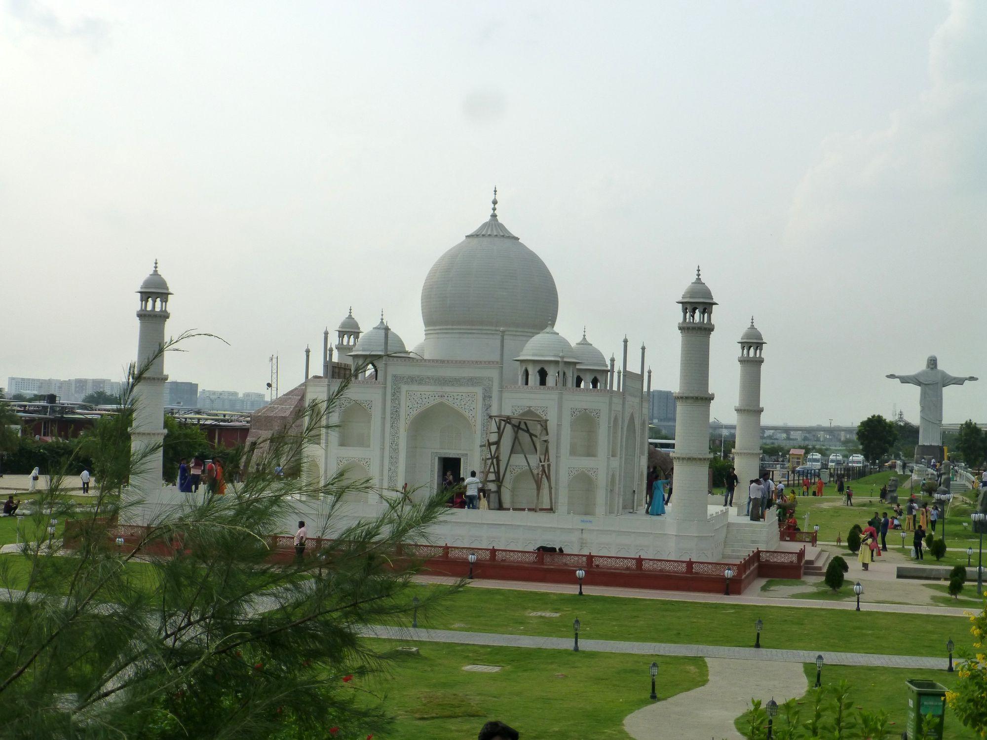 7 Wonders, 1 solution: Eco Park, Kolkata
