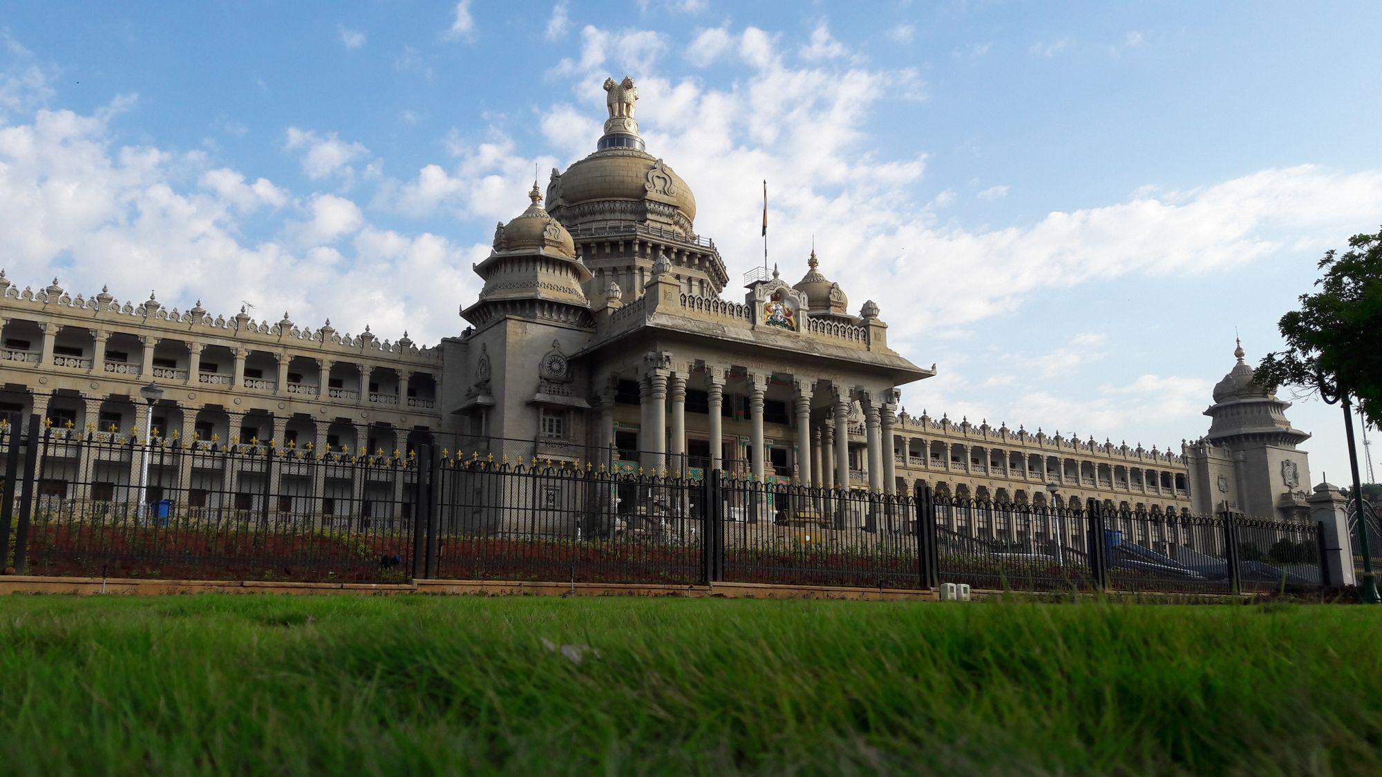 Roam Around the Top 7 Historical Monuments of Bengaluru
