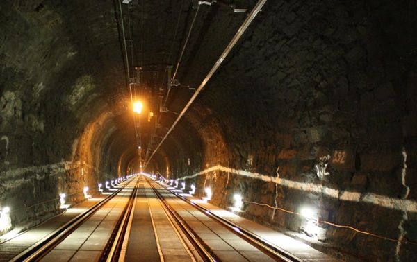 India's 5 of the longest rail tunnels, for the lovers of trains and darkness!