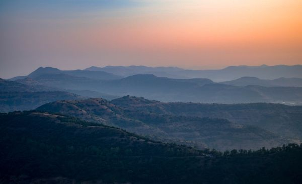 Top 8 romantic destinations in and around Pune for that perfect date
