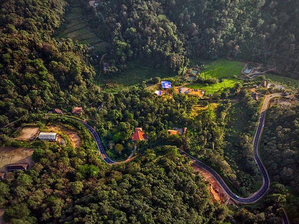 17 Breathtakingly Beautiful Hill Stations in Karnataka