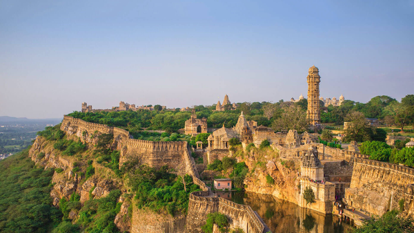 7 Indian monuments you didn't know had a romantic backstory