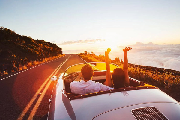 9 songs that you definitely need to put on your romantic road trip playlist